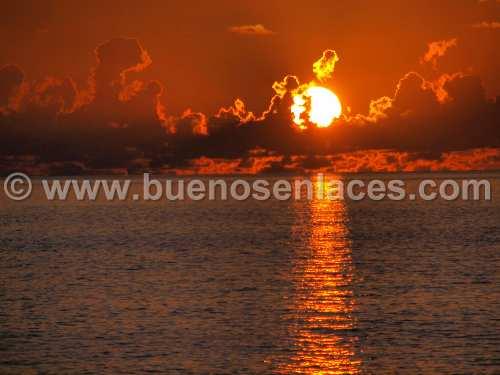 fotos de paisajes naturales, 4: Puesta de Sol con colores c�lidos